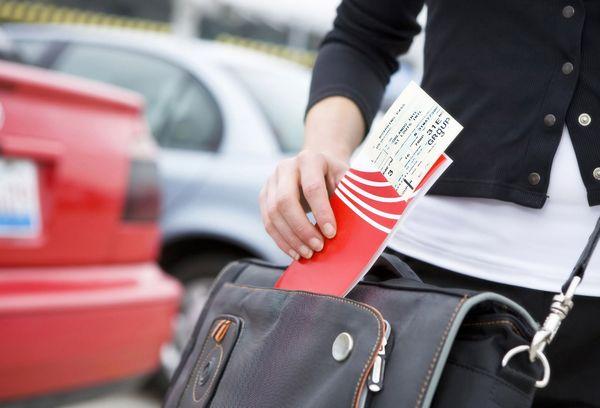 Для получения испанской визы необходимо предоставить копии билетов на самолет, автобус или поезд