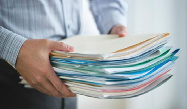 Подача документов должна происходить лично